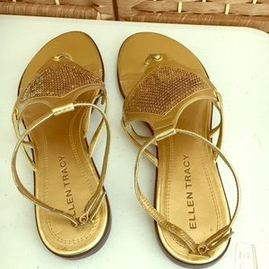 Ellen Tracy Shoes - Women's Ellen Tracy Sandals Size 8.